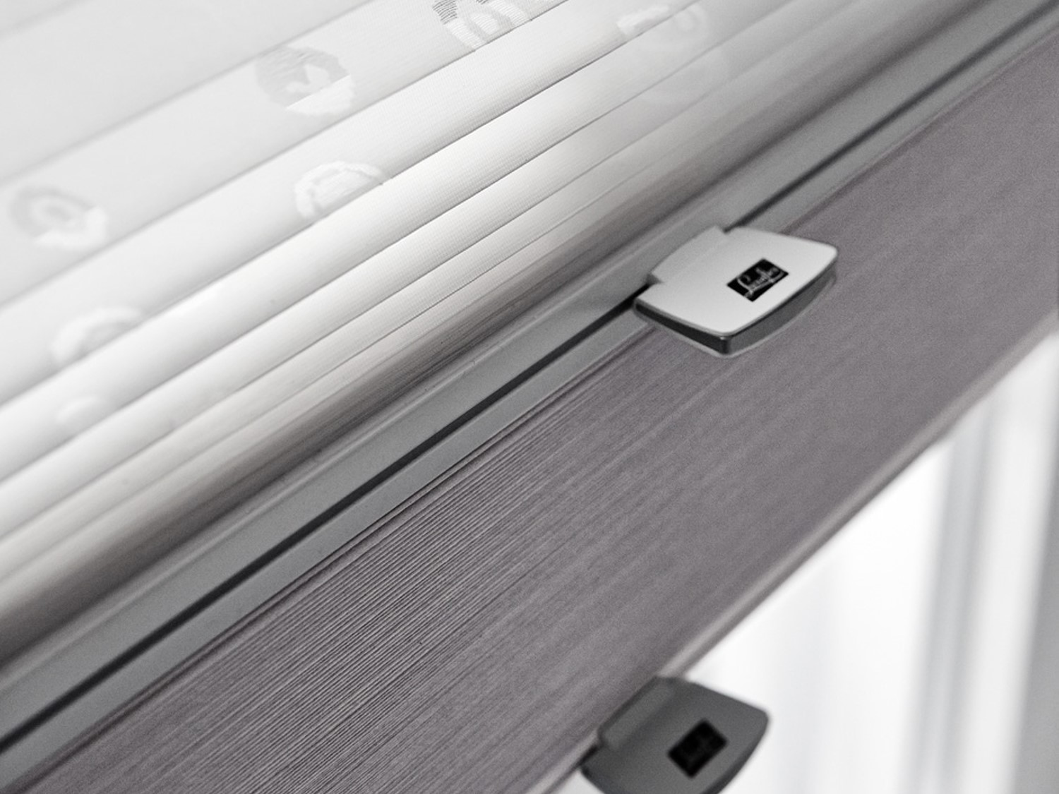 pleated blinds day and night