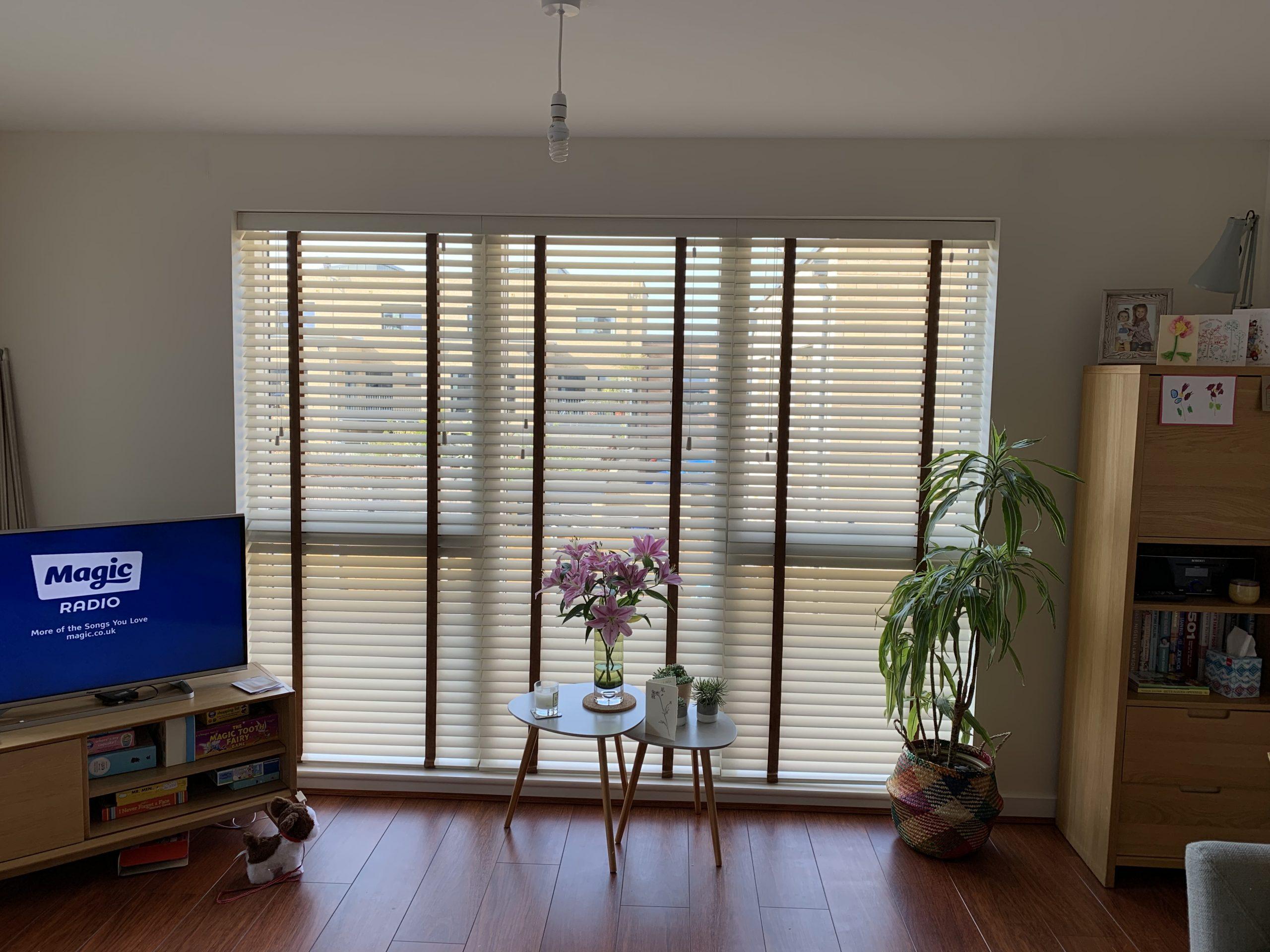 living room flat venetians