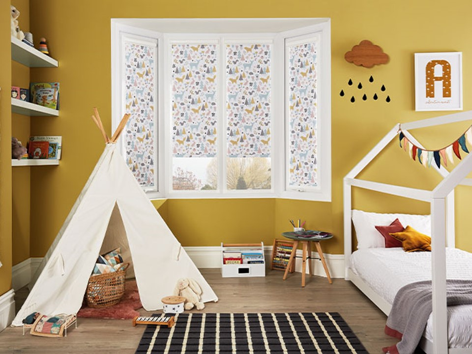 childrens room louvolite roller blinds