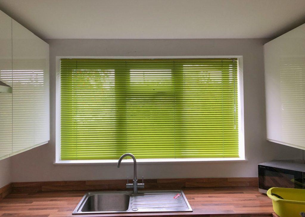 kitchen green metal venetian blind