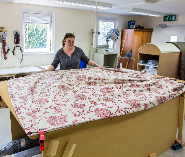 workshop - Jenny making curtains